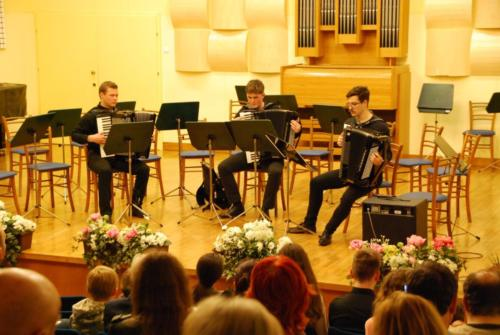 Harmonikitarski orkester 5. 4. 2018