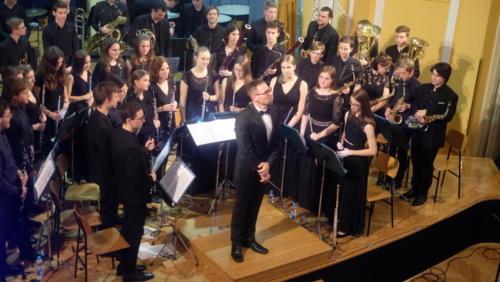 Zlati časi - Novoletni koncert Mladinskega pihalnega orkestra