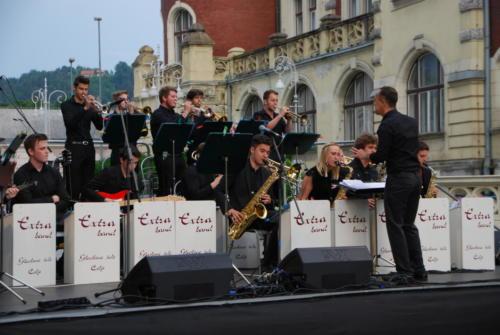 Poletje na promenadi: Extra band&Oto Pestner-2