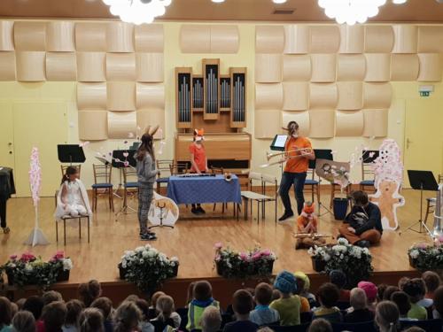 Uprizoritev glasbene pravljice Pihalček, 24. 4. in 17. 5. 2018