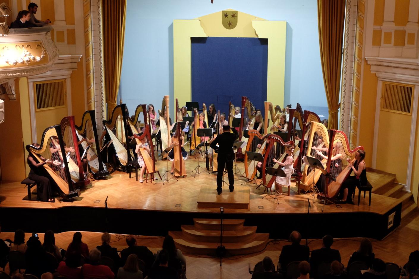 Simfonični orkester Glasbene šole Celje - Nude in