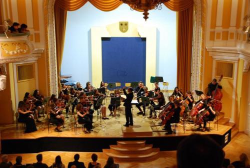 1Mladinski godalni orkester 21.5. 2018  6